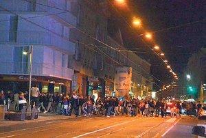 navijaci-albanije-utakmica-dron-fantom-2-zastava-srbija-albanija-prekid-1413410964-581535